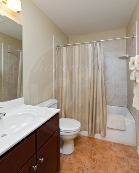 phc-hopewell-112911-bathroom-1